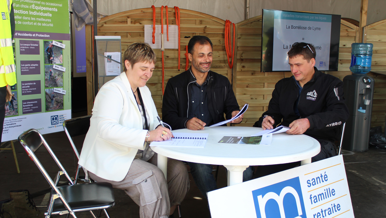 Signature du contrat de prévention entre la SARL Blanc Garret et la MSA Bourgogne